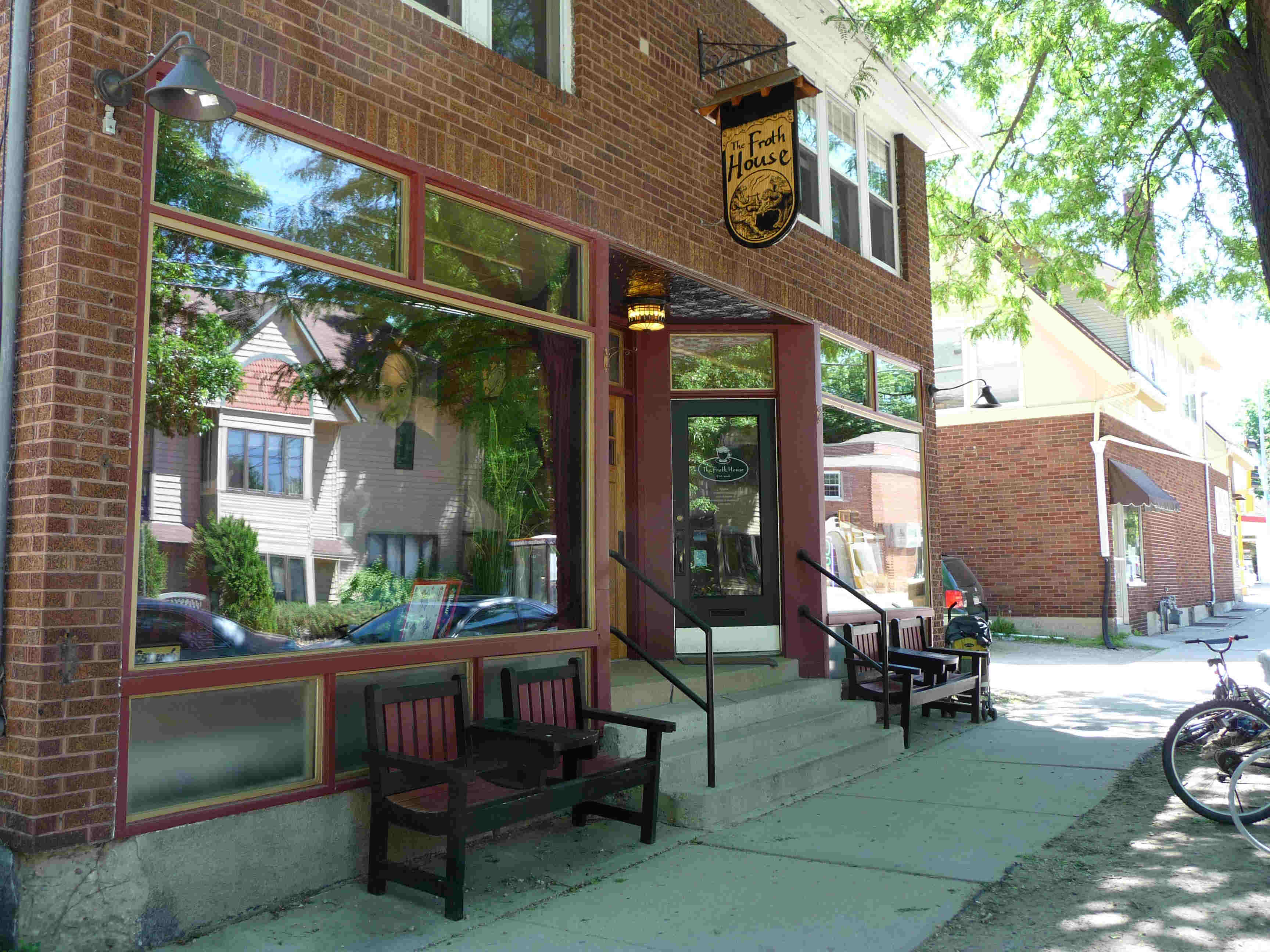 The front of Froth House; there is also a nice patio in the back